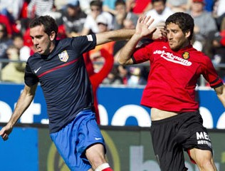 Atletico Madrid defender Diego Godin against Real Mallorca